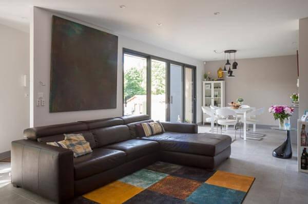 Maison ossature bois intérieur séjour